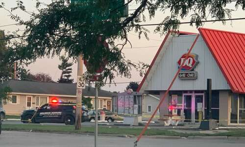 Cedar Rapids police investigate shooting, injury to bail bondsman