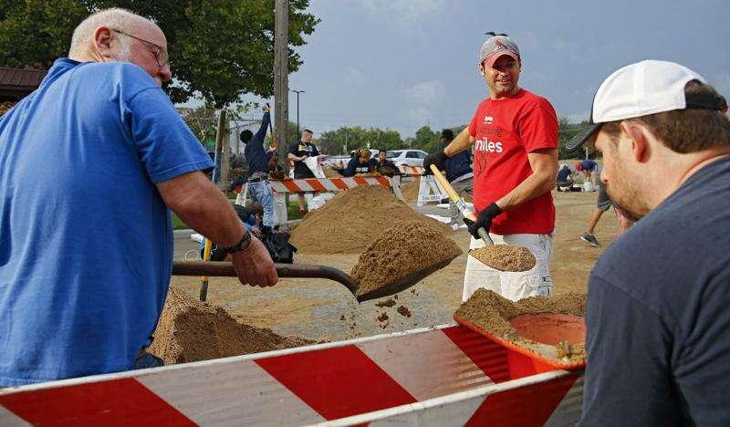 Volunteers needed to help with flood preparation