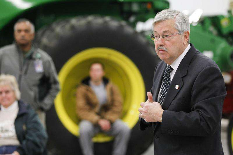 Branstad makes last push for water quality funding