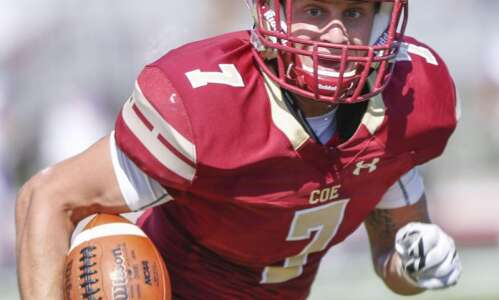 Coe will host Monmouth in 1st-round NCAA D-III playoff football…