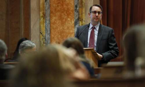 Iowa House Minority Leader Todd Prichard to step down