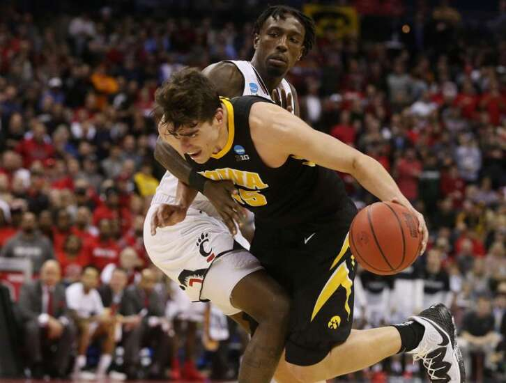 Help wanted: Iowa men's basketball needs a center