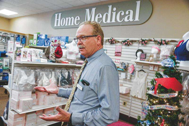 CDC selects Hy-Vee, independent pharmacies to give more COVID vaccines in Iowa