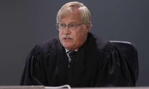Cedar Rapids judge strikes down Iowa's 24-hour abortion waiting period