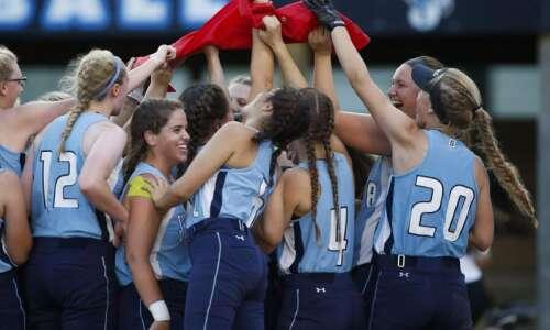 State softball Tuesday: Quarterfinal scores, photos and recaps