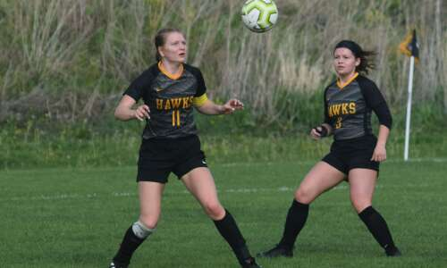 Mid-Prairie girls win, No. 10 boys lose at West Branch