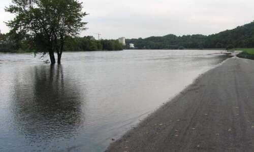 Updated Cedar Rapids road closures as Cedar River now predicted…