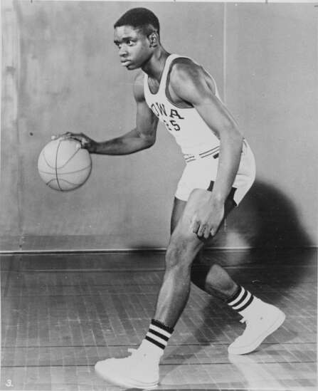 Time Machine: Andrew Hankins, University of Iowa basketball player, was first Black man to pledge white fraternity — before he was de-pledged in 1961