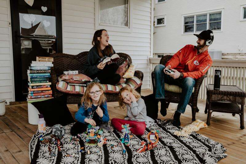 Local photographers offering 'porchtraits' to capture closeness in a time of social distance