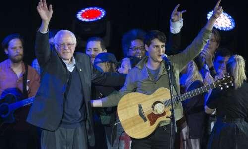 Vampire Weekend to appear at Bernie Sanders' rally in Cedar…