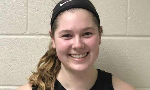Prairie girls' basketball edges Linn-Mar from the free-throw line