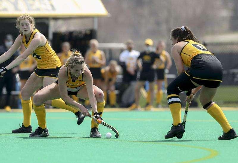 Photos: Iowa Hawkeyes vs. Maryland field hockey