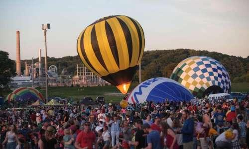 2021 Balloon Glow: Same balloons, new location, plus kites