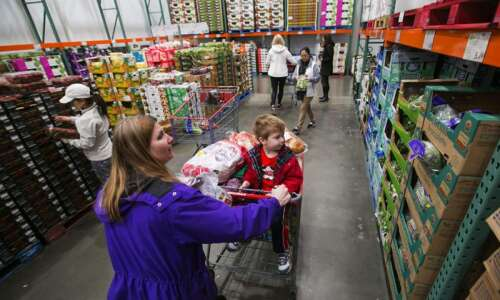 Costco gets creative to meet shoppers' appetite for organics