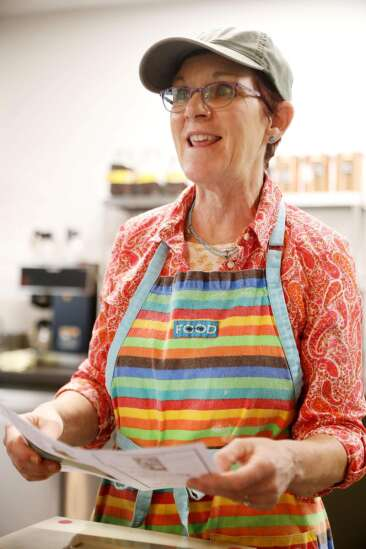 """Matthew 25 opens nonprofit """"pay-it-forward"""" Groundswell Cafe"""