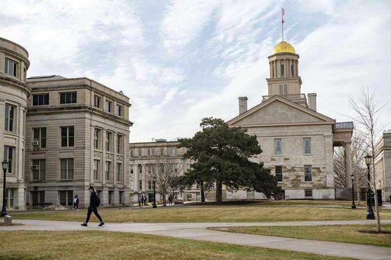University of Iowa bumps up in U.S. News rankings