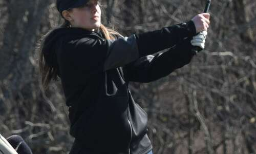 Keota captures own golf tourney with 4-of-5 top scores