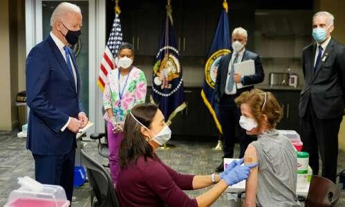 VA requiring its staff to get COVID-19 vaccines