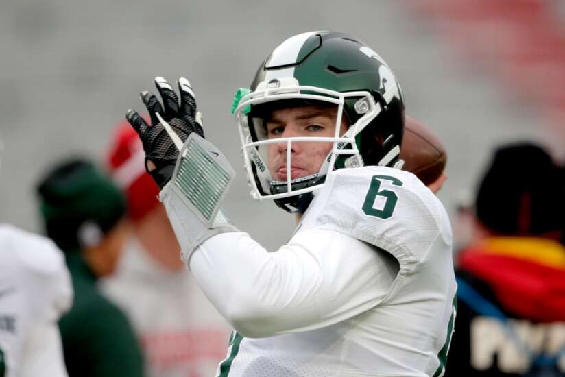 Michigan State transfer Theo Day leads UNI football to win at Sacramento State