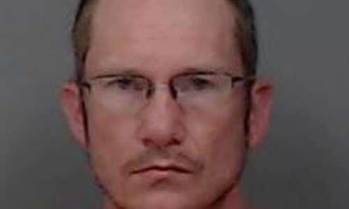 Alburnett man arrested in Cedar Rapids following pursuit in stolen…