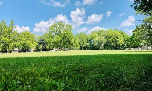 Wealthy Iowa City neighborhood fights to keep empty field
