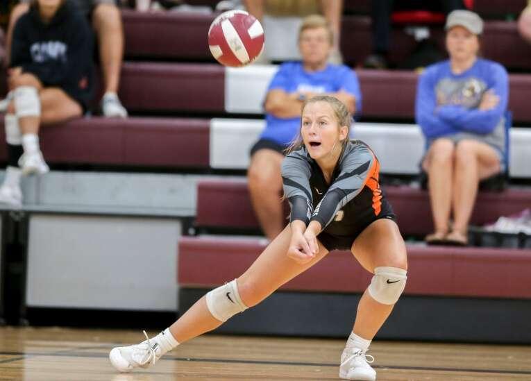 Iowa high school volleyball rankings: Gazette area Super 10 (Sept. 1)