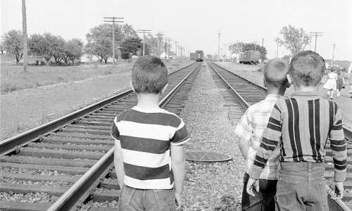 Time Machine: Train rides were a treat for Eastern Iowa…