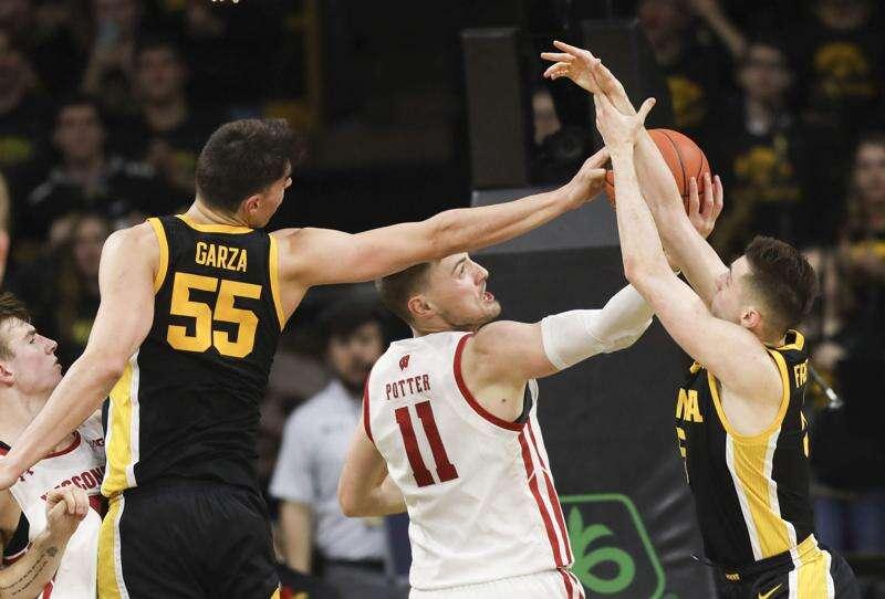 Iowa vs. Wisconsin men's basketball glance: Time, TV, live stream, team data