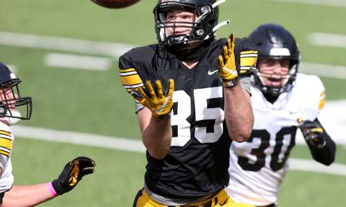 Son of Ohio State legend finding his way at Iowa