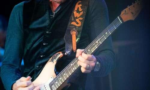 Bluesman Kenny Wayne Shepherd ready to rock in Dubuque