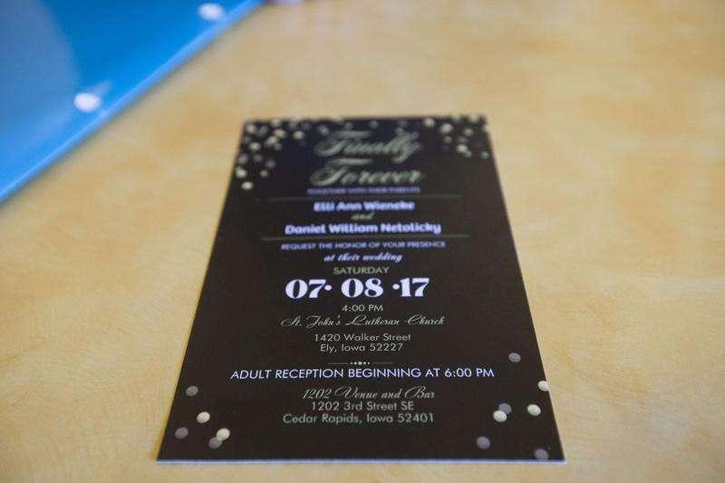New Bohemia wedding venue falls through, couples seek refunds