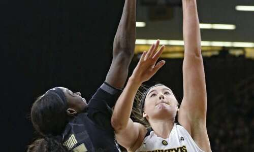 'Megan Show' not enough for Iowa women's basketball in loss…