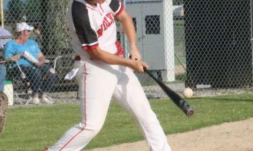 Winfield-Mount Union baseball season ends