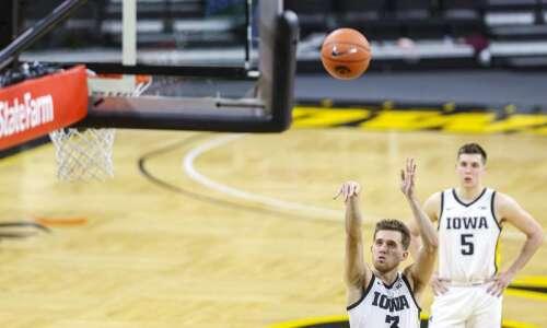 Jordan Bohannon is part of Hawkeye basketball summer workouts