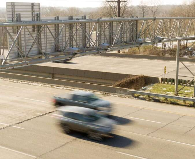 Traffic camera vendor agrees to smaller cut of Cedar Rapids' revenue