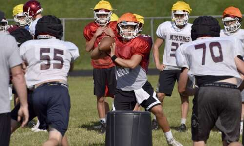 Mount Vernon installing new offense after 2016 run to UNI-Dome