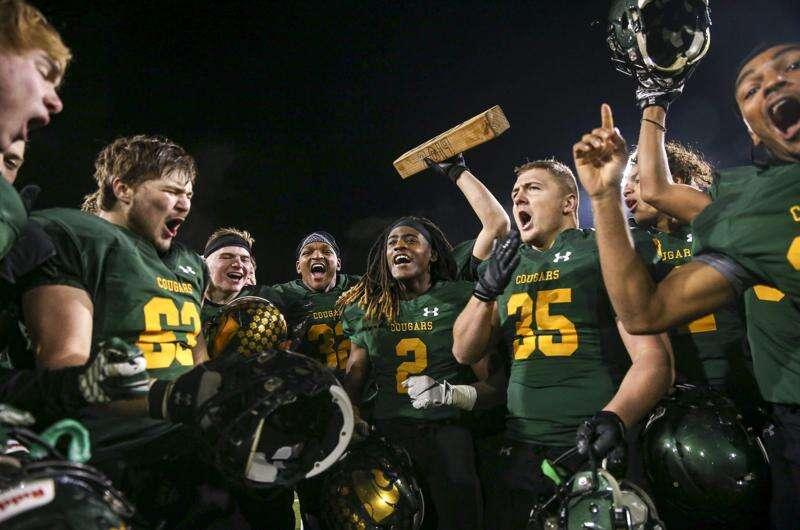 Examining the 2020 Iowa high school football season format
