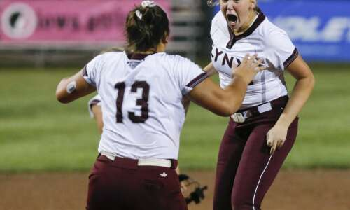 North Linn returns to the top of Class 2A softball
