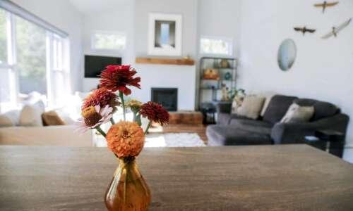 Look inside this quaint Iowa City dream home