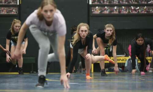 Iowa should lead the way in female wrestling