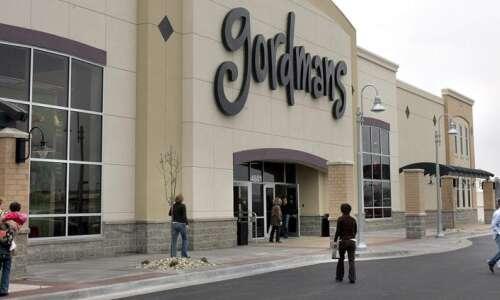 Gordmans to close Cedar Rapids, Coralville stores Sunday