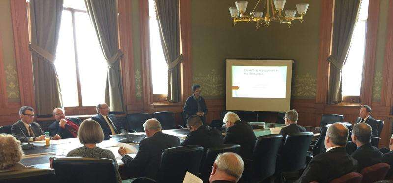 Iowa senators take harassment prevention training, texting while driving commercial vehicle regulation considered: Iowa Capitol Digest, Jan. 23