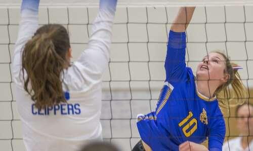 Benton Community sweeps Clear Creek Amana in regional volleyball semifinal