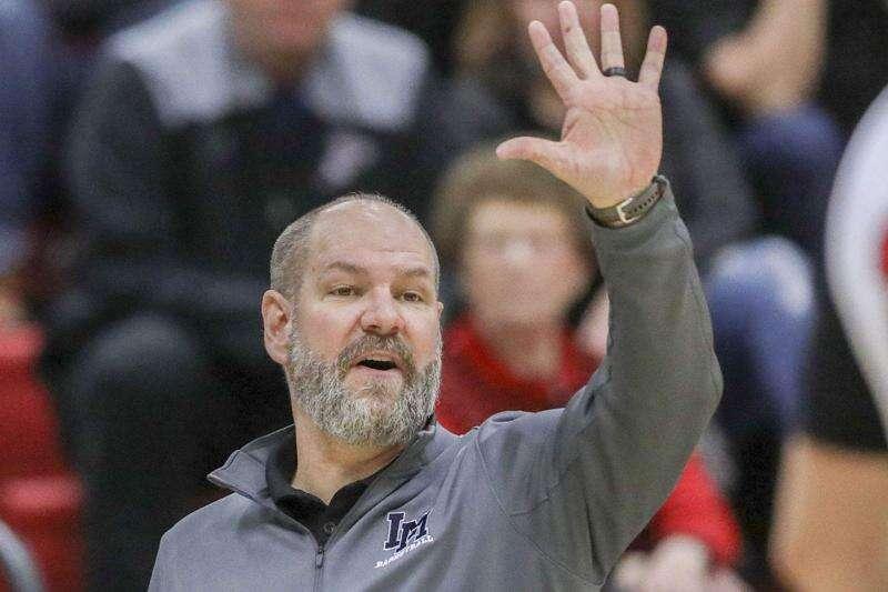 Huge fourth quarter gives Linn-Mar boys' basketball win over Cedar Rapids Xavier