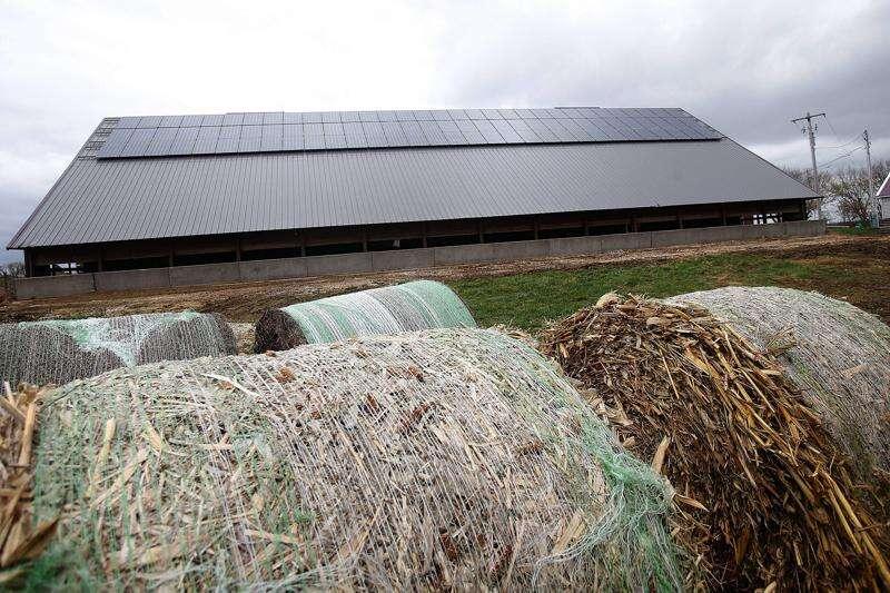 Legislators' proposed fee for new Iowa solar users faces uncertain fate