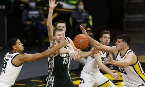 Iowa vs. Michigan State men's basketball glance: Time, TV, live…