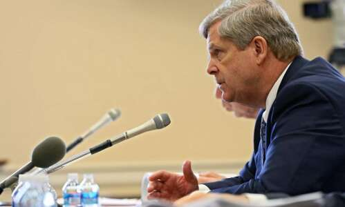 Tom Vilsack to be Iowa Ideas Conference keynote