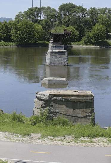 $5 million pledge part of 'milestone' in Cedar Lake, Sleeping Giant bridge projects