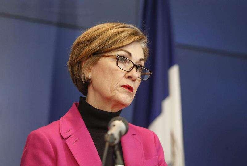 Iowa schools closed through the end of the academic year, Gov. Kim Reynolds says