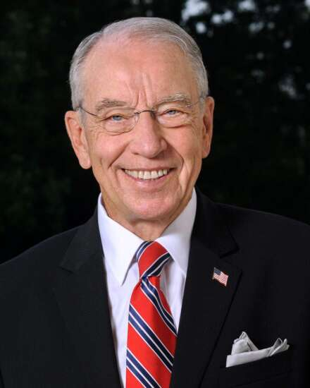 Grassley: A bipartisan effort to end robocalls